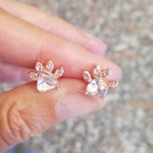 ⭐️Rose gold Dog paw heart earrings diamond sparkle